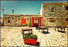 Marzamemi - La Balata restaurant (Manlio Castagna) Tags: restaurant memories sigma sicily 1020mm marzamemi sicilia manlio sigma1020 manliocastagna manliok labalata