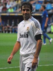 Raúl, por poco