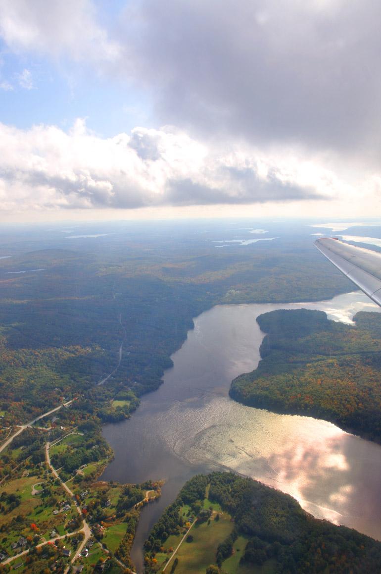 plane_river_0030