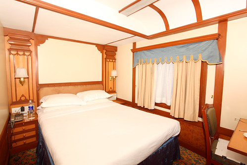 The Indian Maharaja, Deccan Odyssey - A double bed cabin