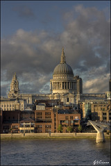 St. Paul Cathedral (London) (GViciano) Tags: london museum ro river cathedral catedral tatemodern londres museo hdr highdynamicrange tmesis themes catedraldesanpablo stpaulscathedral gviciano