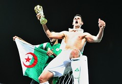 Rafik Saifi celebrates After 2010 World Cup qualifying (menosultra) Tags: world africa england usa cup horizontal foot 1 algeria us football team soccer south sudan egypt national khartoum algrie supporters 2010 algerian  nationale  dalgrie   lquipe       algrienne