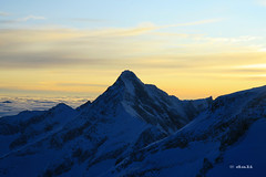 Sunset at Hintertuxer Gletscher view from Gefrorene Wand (dali@flickr) Tags: snow ski alps skiing bluesky glacier alpen gletscher austrian glacial mountans  hintertuxer