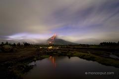 GJ4C0624 (Mon Corpuz) Tags: volcano bicol eruption albay lavaflow mayonvolcano volcaniceruption legazpicity mayonvolcanoeruption moncorpuz pinoyphotographyorganization