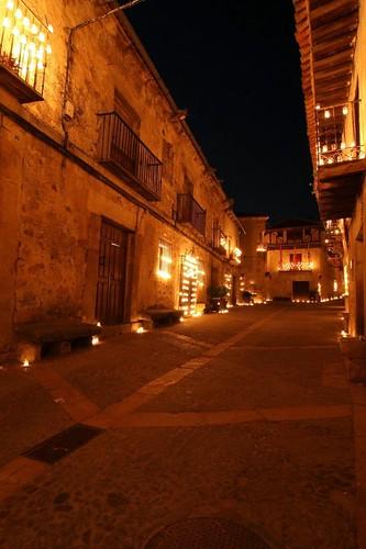 Calle Real con velas