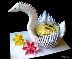 """Pittu swan"" = Fantastic Food Photography by Nithya (Jennifer Kumar) Tags: food swan origami crafts arts creative kirigami 2009 paperfolding nithya papercrafts paperflowers foodphotography southindianfood paperswan pittu alaivanicontributors alaivanijuly2009 flickrcontributors"