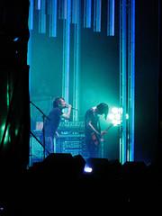 <3 (laconics) Tags: show blue brazil music green brasil concert saopaulo stage sp radiohead yorke palco krafwerk justafest chacaradojockey
