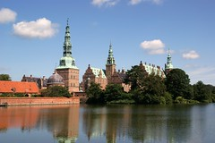 Frederiksborg [0361] (danvartanian) Tags: castle denmark slot castel frederiksborg wow1 wow2 wow3 danemarca frameit theunforgettablepictures vanagram doublyniceshot doubleniceshot tripleniceshot mygearandmepremium mygearandmebronze flickrstruereflection1 flickrstruereflection2 flickrstruereflection3 flickrstruereflection4 flickrstruereflection5 flickrstruereflection6 rememberthatmomentlevel4 rememberthatmomentlevel1 rememberthatmomentlevel2 rememberthatmomentlevel3 rememberthatmomentlevel7 rememberthatmomentlevel5 rememberthatmomentlevel6 rememberthatmomentlevel8 vigilantphotographersunite vpu2 vpu3 vpu4 vpu5 vpu6 vpu7 vpu8