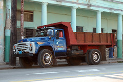 Havana, Ził (ЗиЛ) (robseye76) Tags: old vacation holiday cars car havana cuba russian kuba wakacje oldrussiancars зил ził oldrussiancar