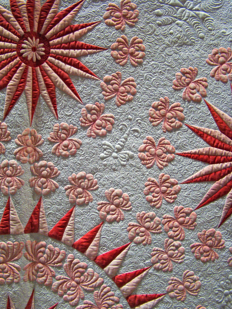 DSC02684 Traditional Quilt Red Pink and White Stars detail