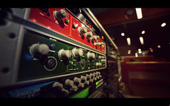 Frequency (isayx3) Tags: analog vintage studio effects nikon keyboard factory angle bokeh wide warp retro keyboards synthesizer synths d3 racks 14mm electrix simga plainjoe vocorder isayx3 plinajoe