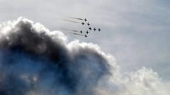 Red Arrows (Benn Gunn Baker) Tags: red sky clouds bristol team fiesta baker force smoke air balloon royal trails olympus formation concorde arrows ashton 2009 benn gunn aerobatic rafredarrows e410
