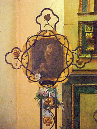Virgen de los Dolores, conservada en el interior del templo de la misión, cuya belleza cautivó de manera milagrosa a los shoshones.