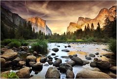 Valley of the Gods (Extra Medium) Tags: sunset nationalpark rocks yosemite purdy valleyview mercedriver rockswithcolour lackingacreativetitlesomeonehelp