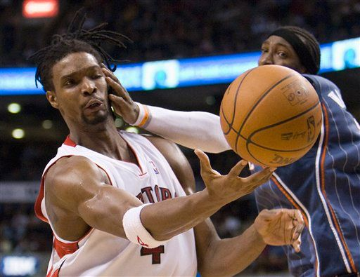 Gerald Wallace slaps Chris Bosh