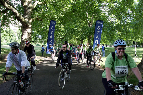 Thames_Bike_Ride_Stroke_111