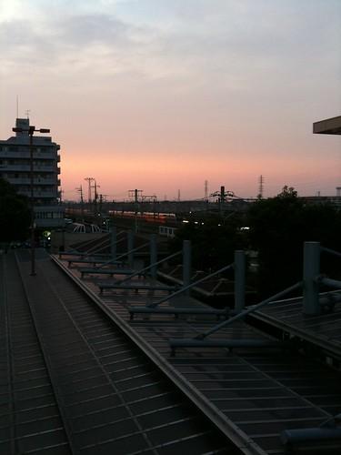 黄昏の海浜幕張駅