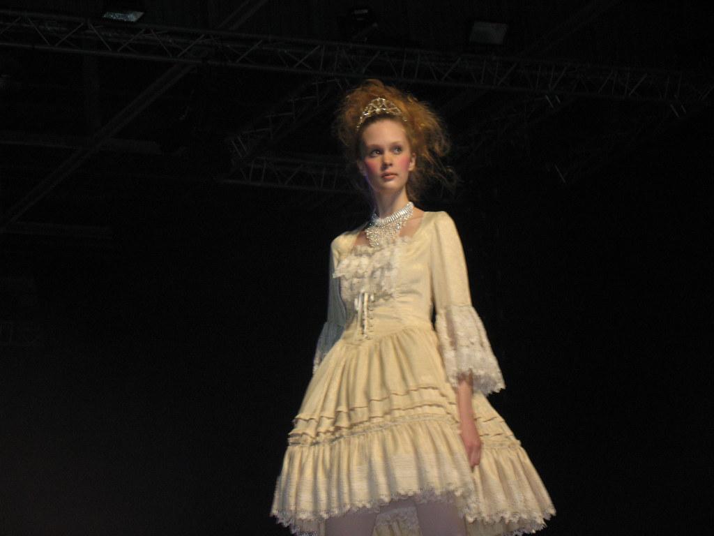 Laforet Harajuku fashion show @ JE 2009