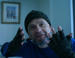 PegasusXOXOXOHatGloves (5)