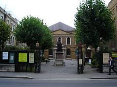 Wesley's Chapel (portemolitor) Tags: london chapel islington cityroad wesleys wesleyschapel