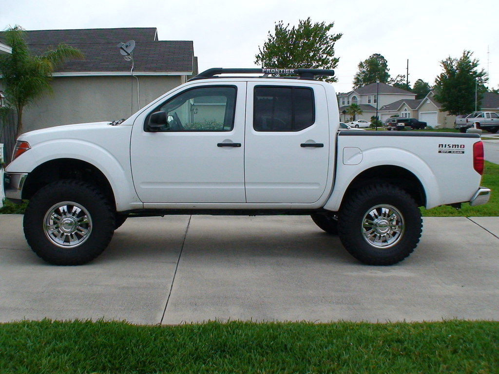 Lifted fronty pics page 2 nissan frontier forum vanachro Image collections