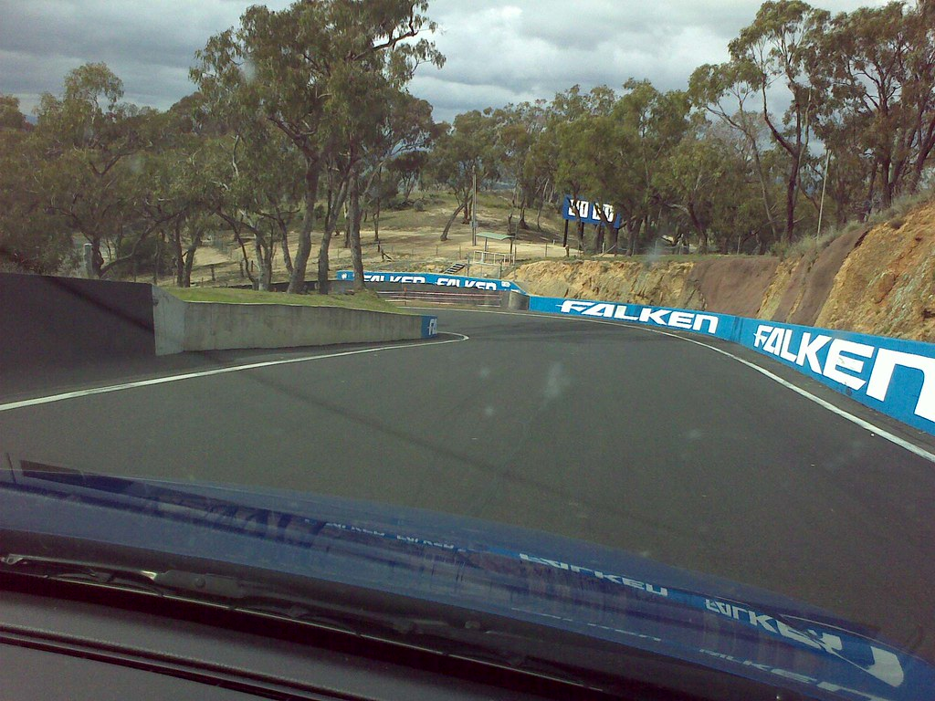 Bathurst - Down the Mountain