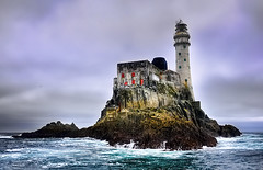 Fastnet Rock Lighthouse (Janek Kloss) Tags: ocean ireland sea irish lighthouse rock island photo sailing fotograf photos yacht cork baltimore tourist irland eire fotka atlantic clear crew cape fotografia past attraction zdjecia irlanda ierland charters morska j23  zdjecie fotki fastnet irlandia latarnia   hwdp inishbeg  lirlande fotosy    moli516