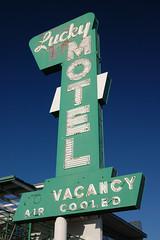 20090927 Lucky Motel