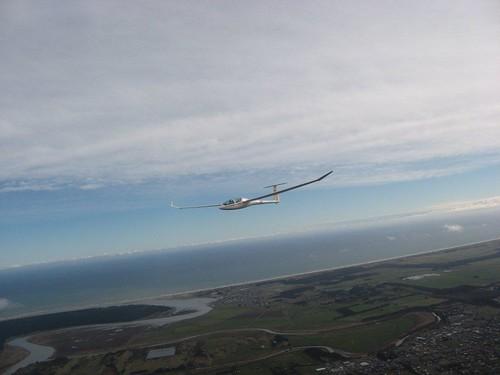 Effortless flight in the DG1000