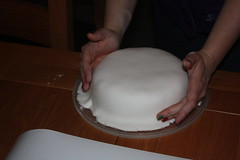 Christmas cake icing 14