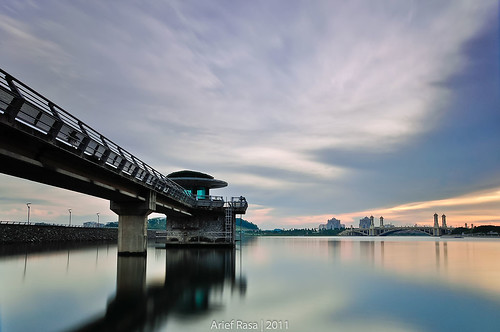 Into The Horizon by Arief Rasa
