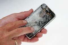 iPhone 3G run over by a truck (Chreriksen) Tags: apple broken glass touch screen destroyed tuaw iphone3g canonefs1855mmf3556is