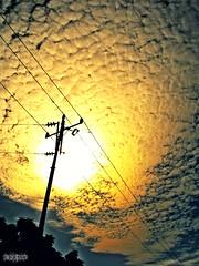 Un Regalo Marabino. (Eruиэ!!) Tags: luz poste cielo maracaibo impresionante maracucho erune fotomandocada