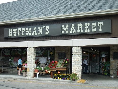 Exterior of Huffman's Market