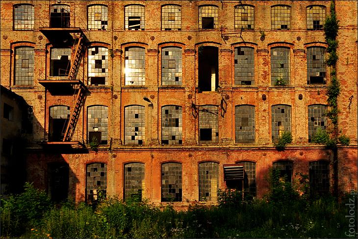 Fabryka z ulicy Tymienieckiego w Łodzi
