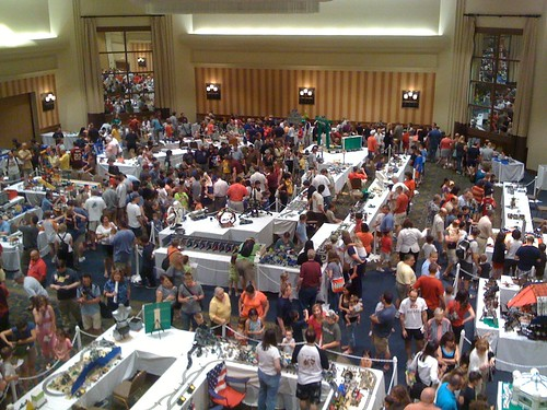 BrickFair 2009 Public Day Crowd