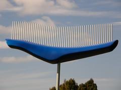 2008-01-27-Stoneleigh-2007-02-04-Sky Whale (russellstreet) Tags: newzealand sculpture auckland nzl manukau aucklandbotanicalgardens tanyaashken skywhale sculpturesinthegarden2007 stoneleighsculpturesinthegarden2007