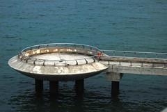 Barrage - Space Pad?... (Annoysius) Tags: marinabarrage