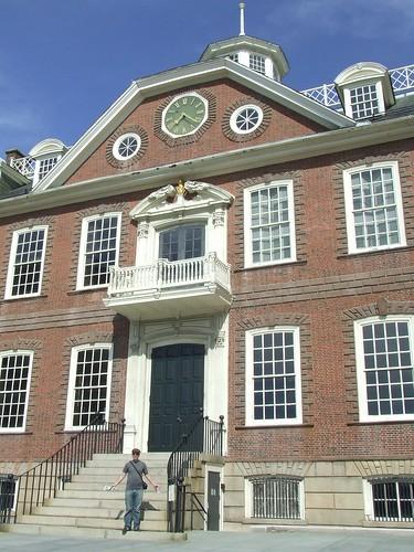Newport / Constitution