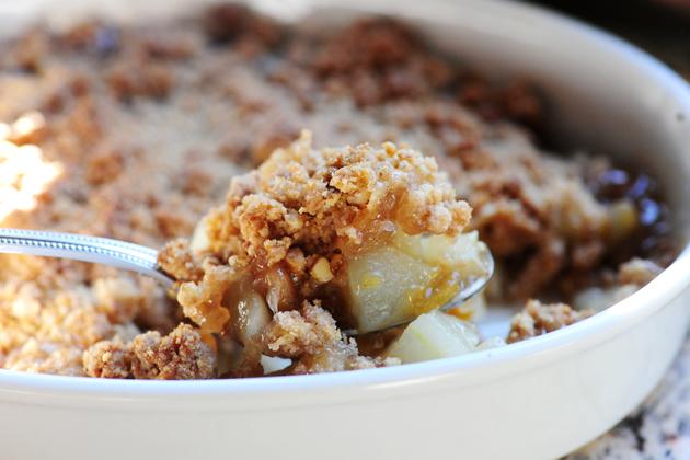 Pear Crisp with Vanilla Ice Cream | The Pioneer Woman Cooks | Ree ...