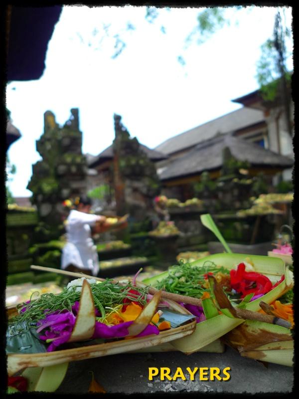 Prayers Ubud Bali