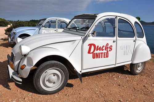 Ducks United, hire a Citroen and help Bangladesh!