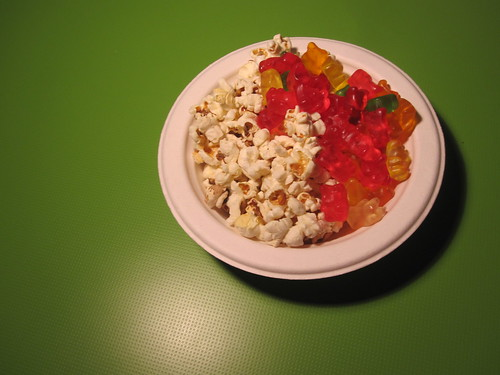 Snack in the bistro (free) - popcorn and gummy bears