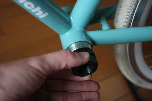 Install bottom bracket