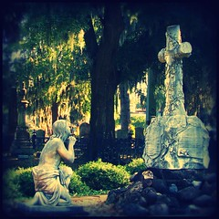 Laurel Grove Cemetery - SAVANNAH (swampzoid) Tags: cemetery grave graveyard statue square worship christ cross famous ghost prayer pray praying jesus scene historic christian spooky spanishmoss cropped haunting christianity lovely girlscouts kneeling gravesite jinglebells savannahgeorgia bonaventurecemetery juliettegordonlow nailedtothecross laurelgrove juliettelow margaretmarshall