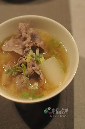 味噌豬肉片白蘿蔔湯