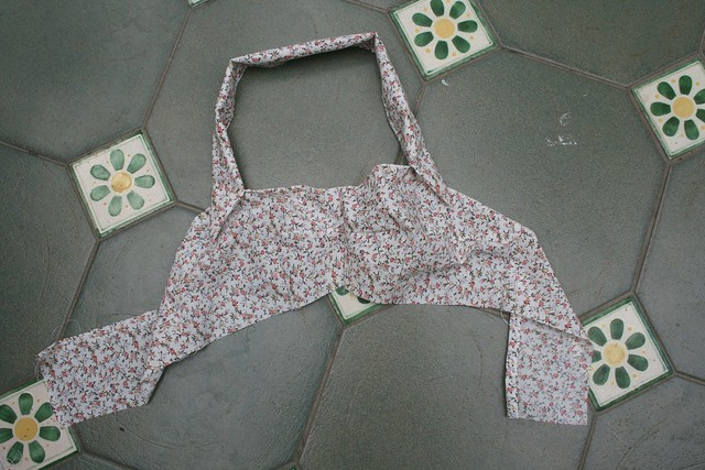 Sewing 1950s bikini top part 2 013