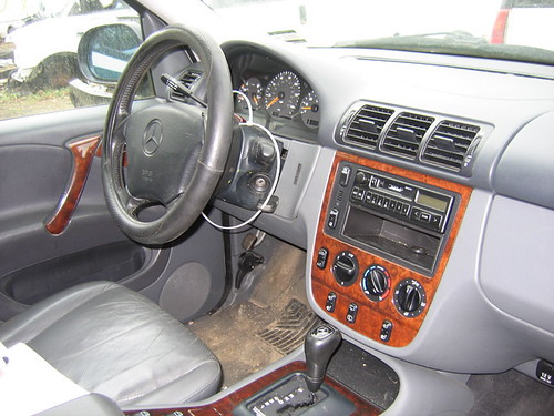 Mercedes Benz Ml320 Interior. 98 Mercedes ML320 interior