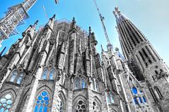 la Sagrada Família (Faddoush) Tags: barcelona blue familia architecture nikon explore gaudi frontpage sagrada hdr colouring selective hbm faddoush