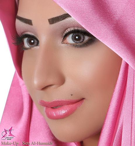 أميرة الورد ليه الورد مفتونك - مكياج